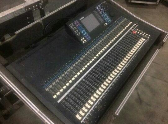 Mesa Digital Ls9 Yamaha 32 Usada.