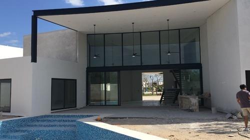 Moderna Casa En Norte Merida En Renta O Venta
