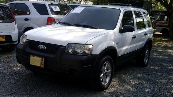 Ford Escape Xls Motor 3.0 2006 Blanco 5 Puertas