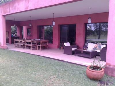 Gran Casa 4 Dorm Y 4 Baños + 2 Playrooms En Hacoaj