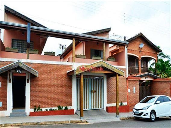 Sobrado Residencial À Venda, Centro, Analândia. - So0099