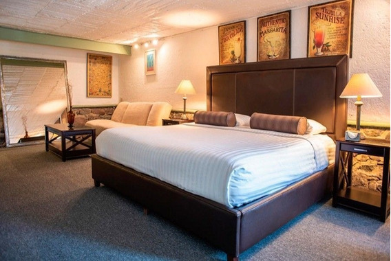 Hotel Ancha De San Antonio