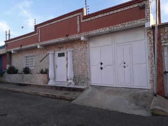 Casas En Venta En Maracaibo. Bb