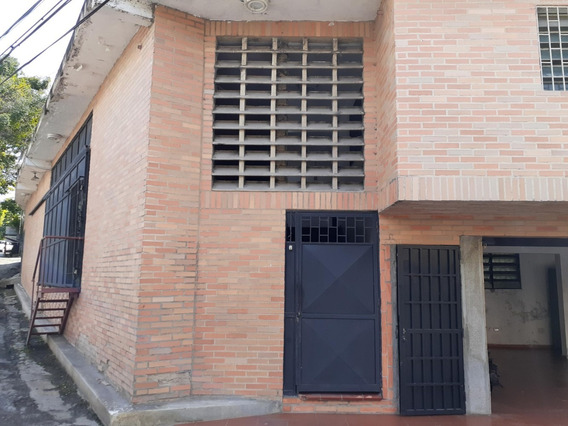 Oficina En Alquiler En Baruta - Mls #20-11519