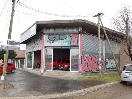 Local Comercial 200 M2 Sobre Av. Peron, Excelente! - Haedo, Morón