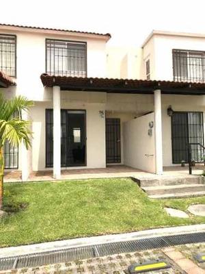 Bonita Casa 80 M2, Alberca Jardines 2 Recs, Auto, Vig