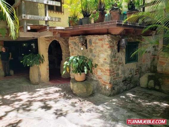 Casa En Venta, Los Palos Grandes, Caracas Mls 19-14919