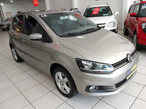 Volkswagen Fox Highline 1.6 16v Msi 2015