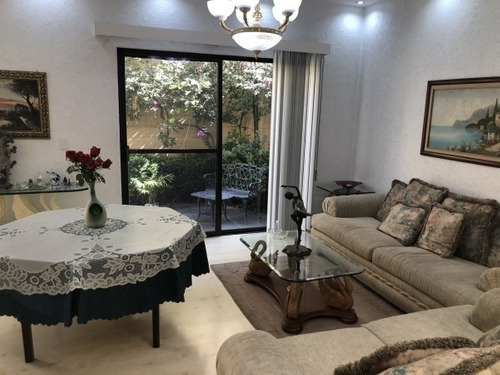 Casa En Venta Interlomas, En Conjunto En Vialidad De La Barranca