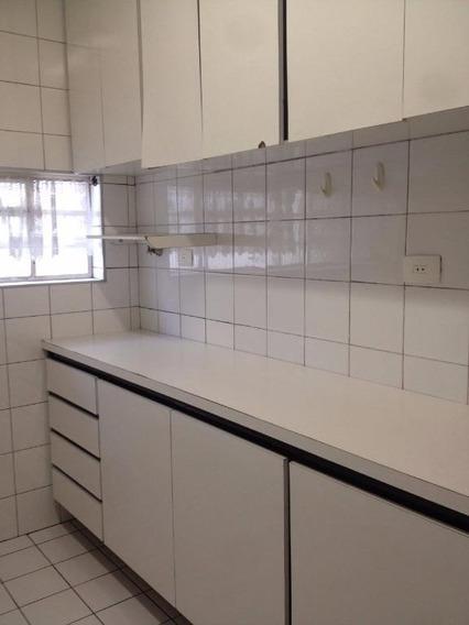 Casa Em Jardim Monte Alegre, Taboão Da Serra/sp De 300m² 3 Quartos Para Locação R$ 1.800,00/mes - Ca272652