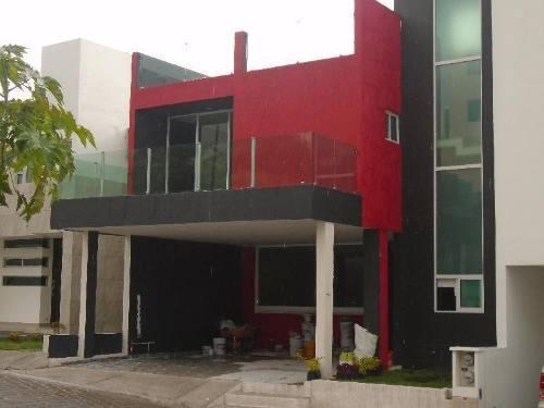 Casa En Renta, Britania La Calera, Puebla Pue.
