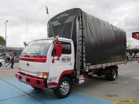 Nissan Ud 41 - Estacas