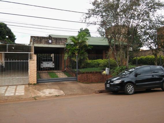 Alquilo Casa Centrica -obera- Gsa