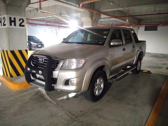 Toyota Hilux Sr 2013