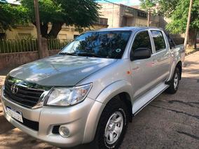 Toyota Hilux 2.5 Sr Doble Cabina 4*2