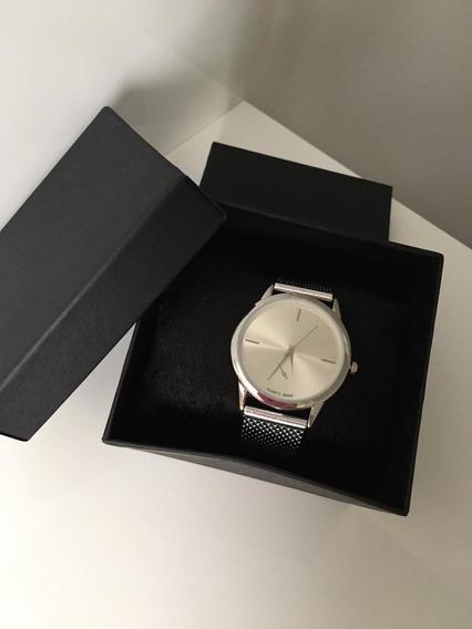 Relógio Feminino Prateado + Caixa De Presente