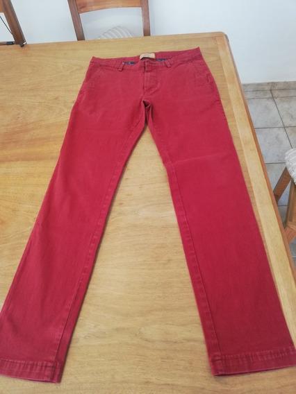 2 Pantalones Zara Y 1 Pantalón Levis Sin Uso