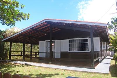 Casa Pé Na Areia Em Itanhaém, Suarão. Em Frente A Quiosque.