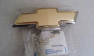 Emblema/insignia Frente Chevrolet Spark Gm Original 96547002