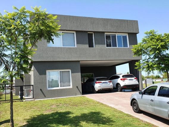 Excelente Casa , Terminaciones De Calidad , 5 Ambientes
