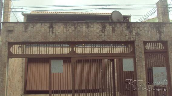 Sobrado 4 Dormitorios - Vila Santa Clara - V-1070
