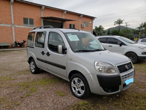 Fiat Doblo Essence 1.8 7 Lugares 2017
