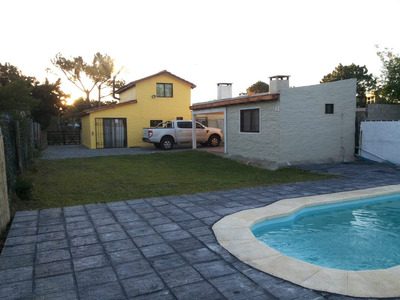Casa C\ Barbacoa, Piscina, Super Equipada, Casi La Playa