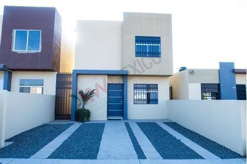 Casa En Venta Ensenada, Fracc Ventto (domingo Luna). Zona Sur, Patio Amplio, En Zona Tranquila, Espacios Amplios. Economica