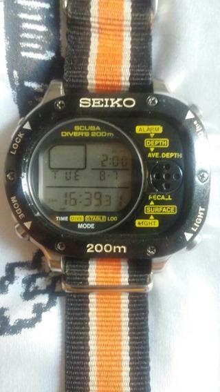 Seiko 200m