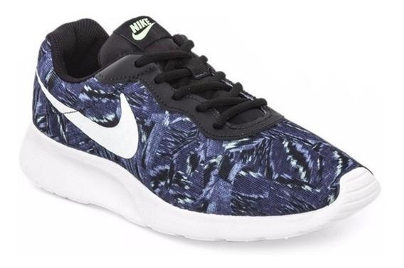 Zapatillas Nike Tanjun. Dama.