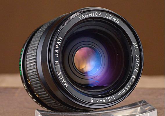Lente Yashica Ml 42-75mm 3.5/4.5 Zoom
