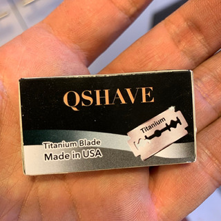 Hojas De Afeitar Qshave Doble Filo Titanio (5 Por Caja)