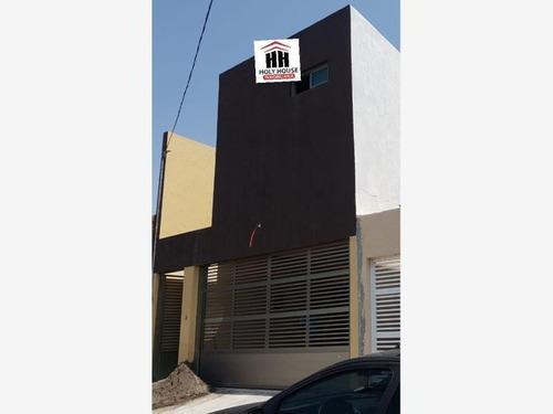 Casa Sola En Venta Ricardo Flores Magon