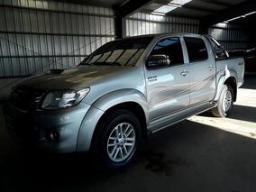 Toyota Hilux 3.0 Cd Srv Cuero 171cv 4x4 5at