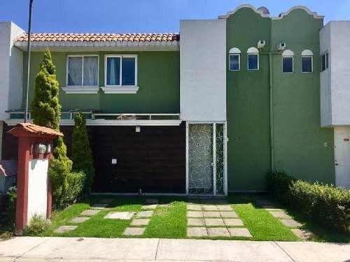 Casa En Condominio En Renta En Santa María Totoltepec, Toluca, México