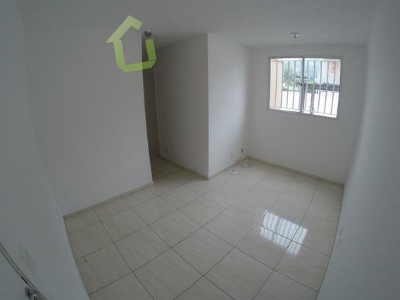 Aluguel - Apartamento No Condomínio Completo Nova Iguaçu