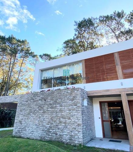 Casa 4 Dormitorios Nueva Con Piscina!- Ref: 154