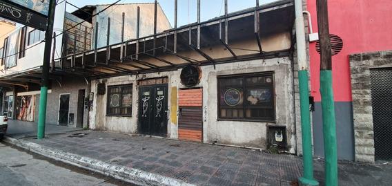 Local Comercial Sobre Av. Santamarina! 250m2