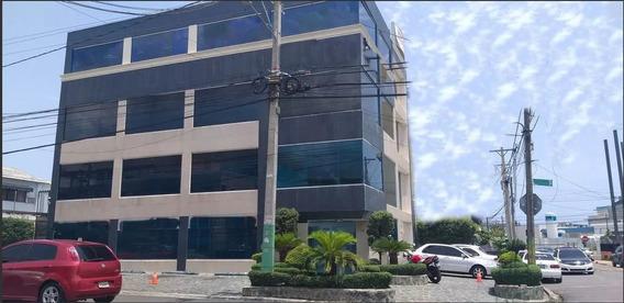Edificio En El Ensanche La Fe Excelente Para Call Center