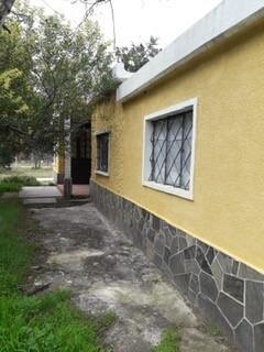 Alquilo Excelente , 2 Cuadras Parada Y Escuela $ 12600