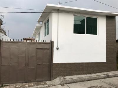 Casa En San Felipe Tlalmimilolpan Totalmente Remodelada.