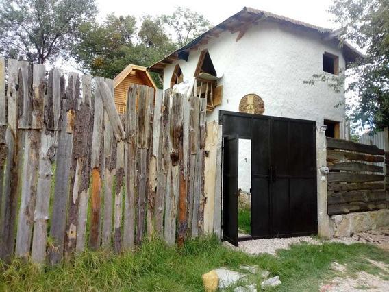 Casa En Venta, Fracc. Bosques De Huitepec