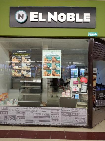 Local De Venta De Empanadas Y Productos De El Noble