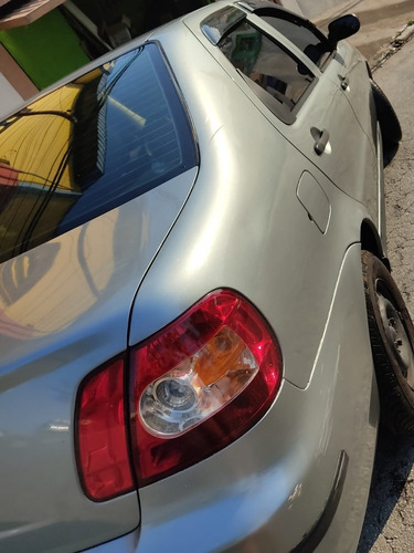 Imagem 1 de 4 de Fiat Siena 2007 1.0 Fire Flex 4p