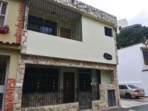 Casa En Venta Valles De Camoruco Gr 21-5608