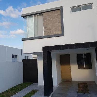 Se Renta Preciosa Casa Nueva En Lomas De San Isidro