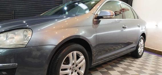 Volkswagen Vento 2.5 . Automatico. Excelente Estado !!!!