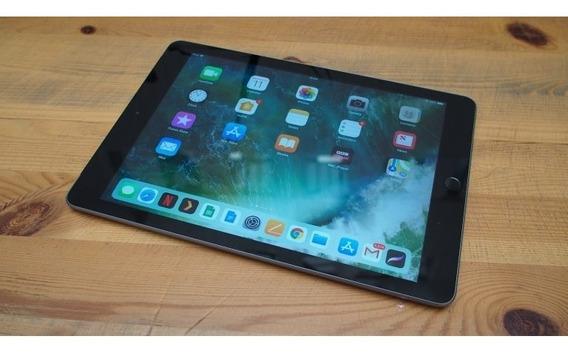 Apple iPad 6ª Geração Space Gray 32gb A1893 + Capa