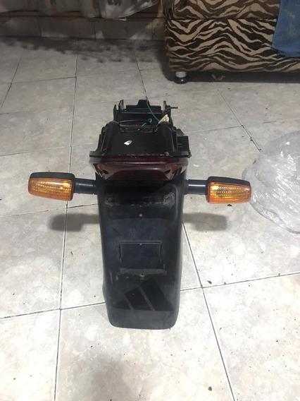 Paralama Traseiro Twister Lanterna E Pisca Original 00 À 07