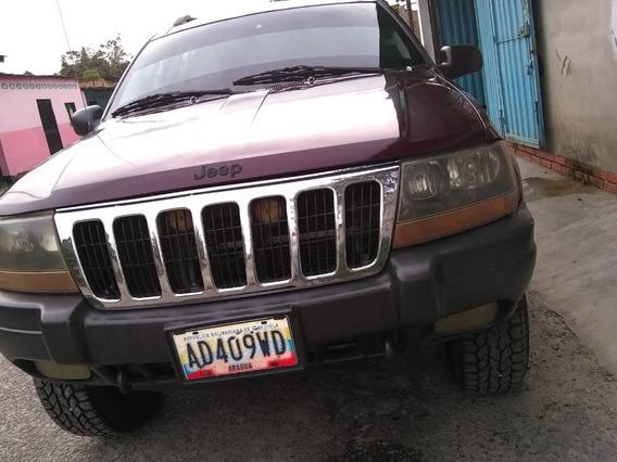 Jeep Grand Cherokee 2002 4 Puertas Rojo